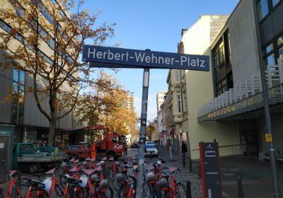 Herbert-Wehner-Platz